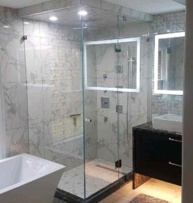Frameless Corner Shower to Ceiling with Knob