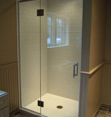 Frameless Header Shower